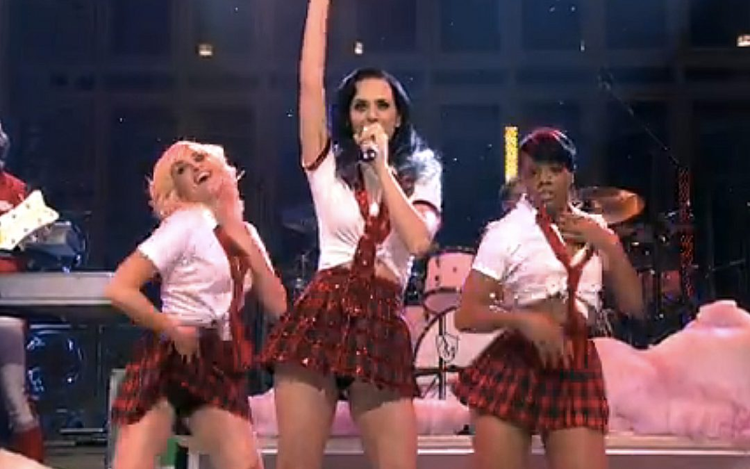 Katy Perry on SNL: Teenage Dream